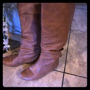 Women's boots Qupid size 7.5